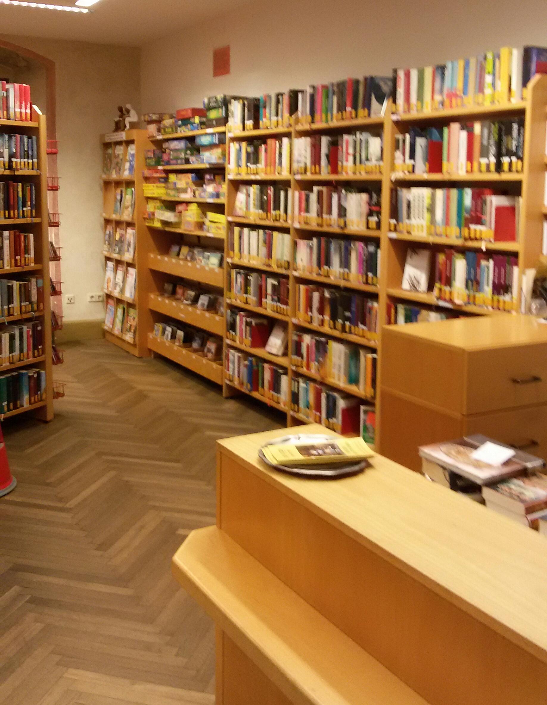 Büchereiraum 1