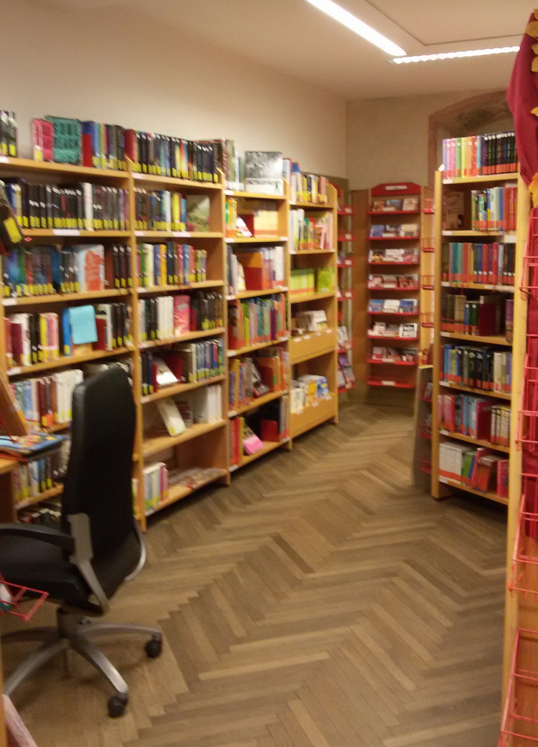 Büchereiraum 2